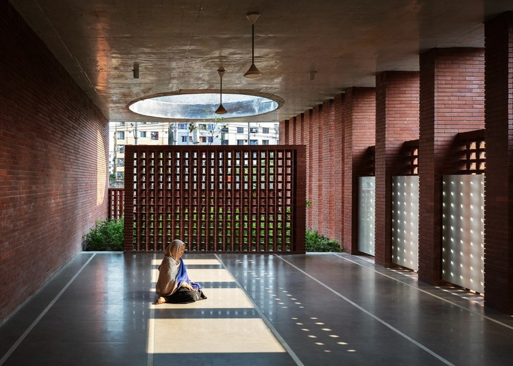 Mayor Mohammad Hanif Jame Mosque / Shatotto. Image © Mike Kelley, Will Scott