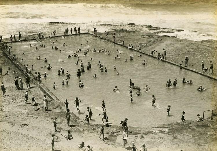 """Rock swimming pool"" en Cronulla Beach (Australia). Image © Photographic Collection [Wikimedia] Bajo licencia CC BY 2.0"
