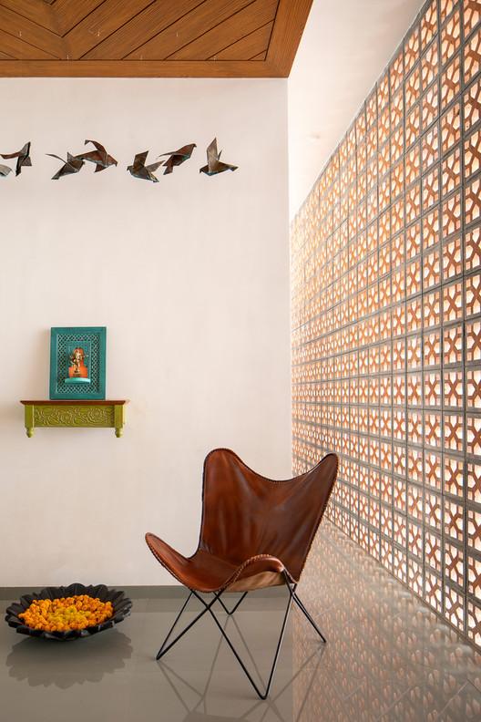 Brick Screen House / MS DESIGN STUDIO. Image © Umang Shah