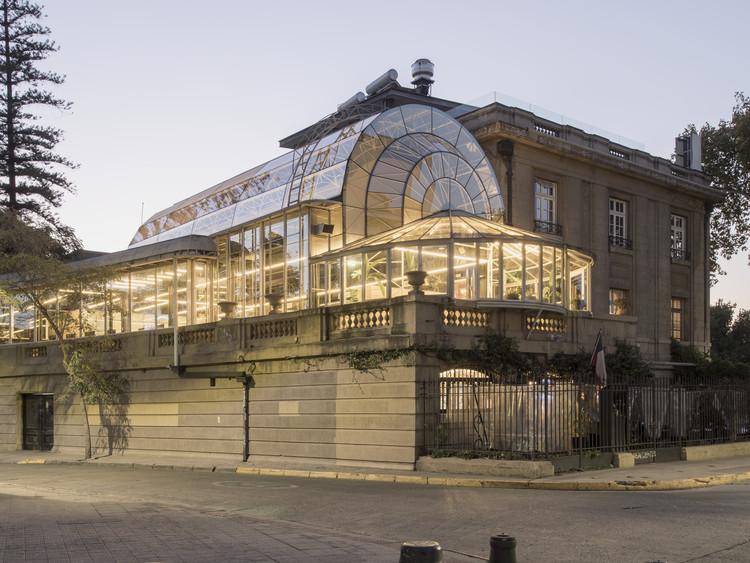 Escritórios Fintual Palácio Droguett / Studio Cáceres Lazo, © Bruno Giliberto