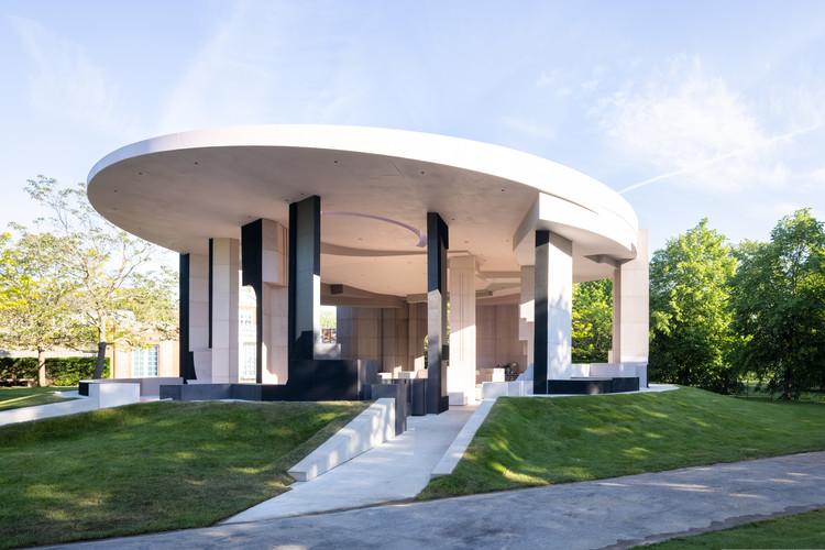 Serpentine Pavilion projetado por Counterspace será inaugurado em junho, © Iwan Baan