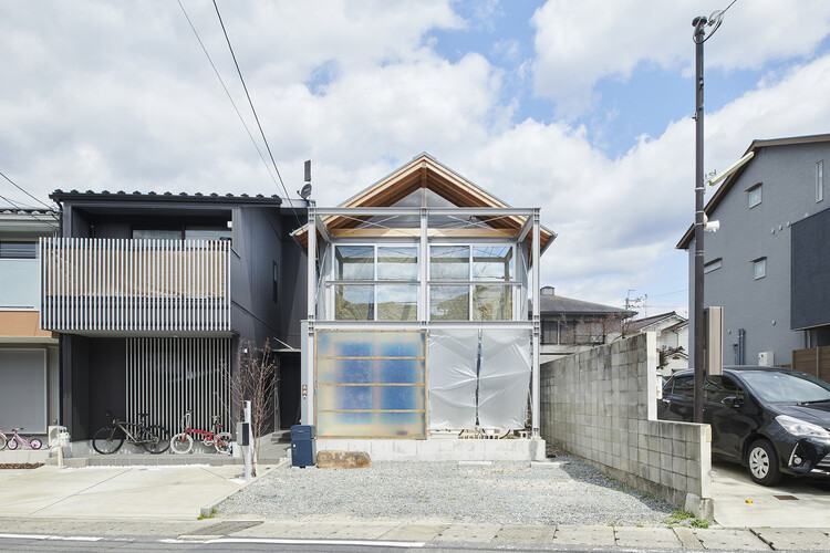 MOH House / Yaneura design, © Hiroki Kawata