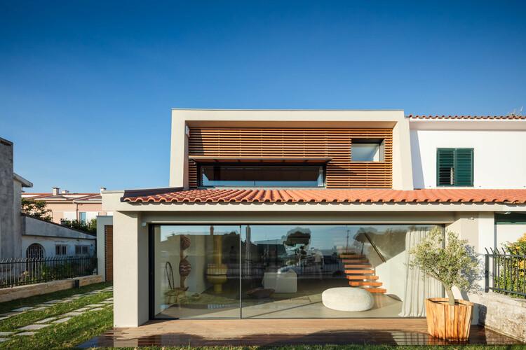 Casa da Marginal / PF Architecture Studio, © João Morgado