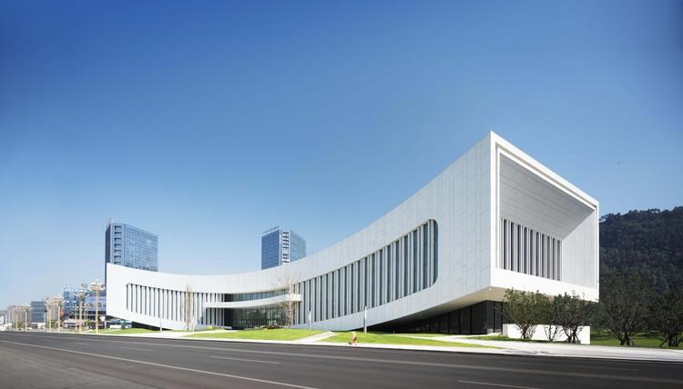 main facade. Image © Yuan Ma