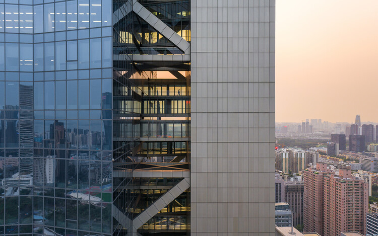 Morphosis' Hanking Centre is the World's Tallest Detached-Core Tower, © Zhang Chao