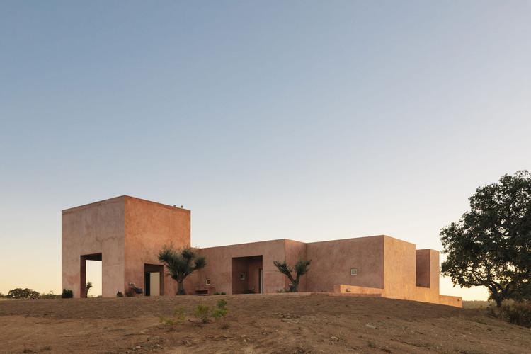Casa em Grândola / Bak Gordon Arquitectos, © Francisco Nogueira