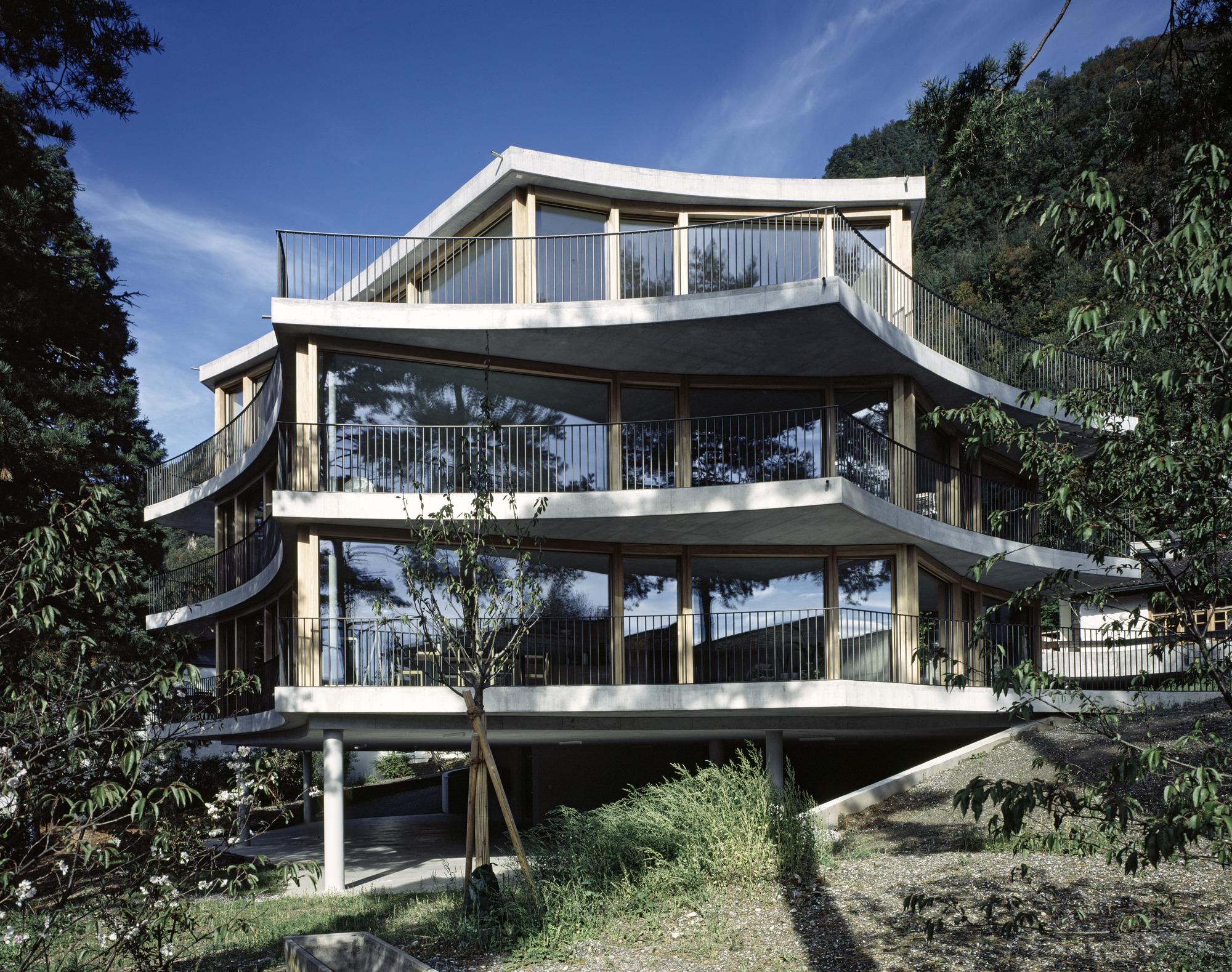 Apartment Building Triesen / Degelo Architekten
