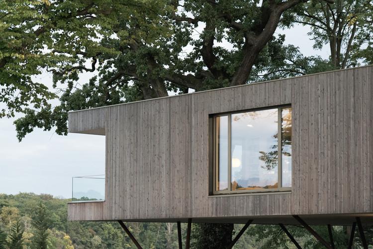 House by the Lake / Carlos Zwick Architekten BDA. Image © José Campos