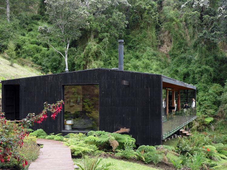 Las Trancas House / Cristian Irarrázaval Andrews. Image Courtesy of Cristian Irarrázaval Andrews
