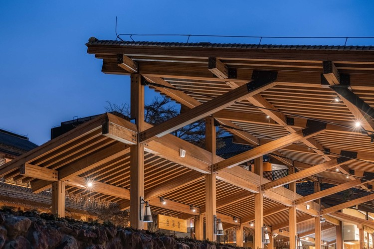 the aesthetic feeling of glued bamboo structure. Image © Timeraw Studio