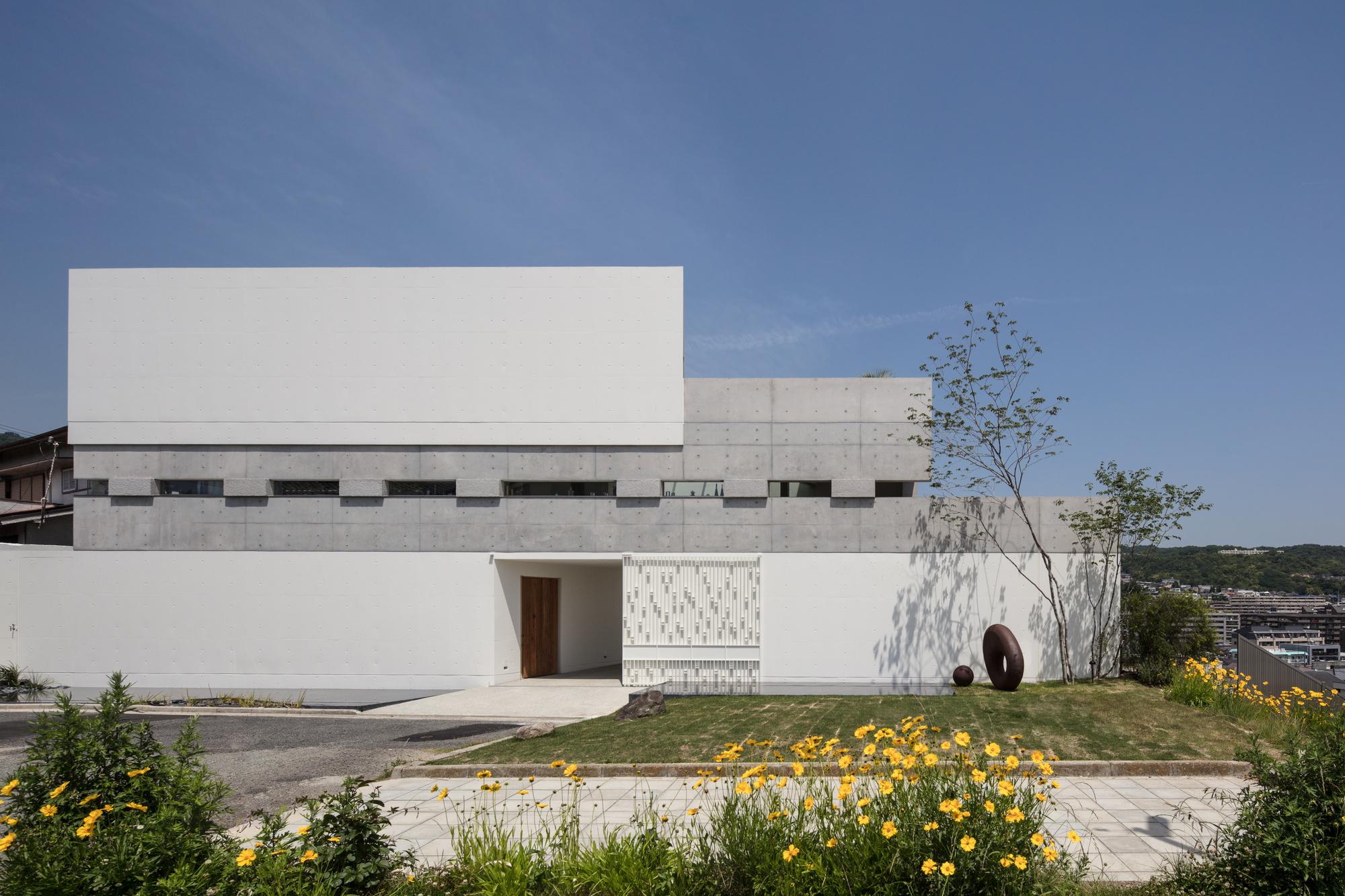 Port House / Maniera Architect and Associates