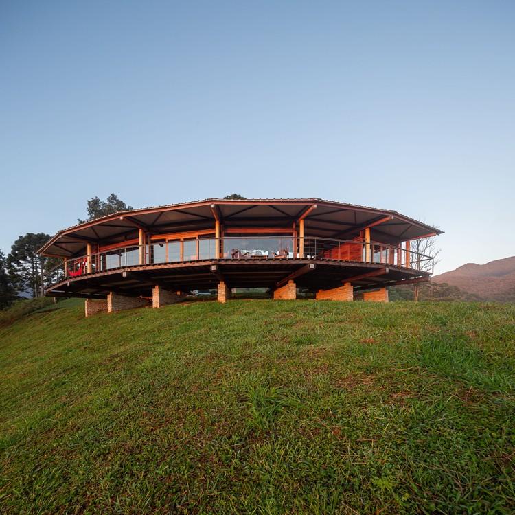 Casa Morro Cavado / Gui Paoliello Arquiteto, © Manuel Sá