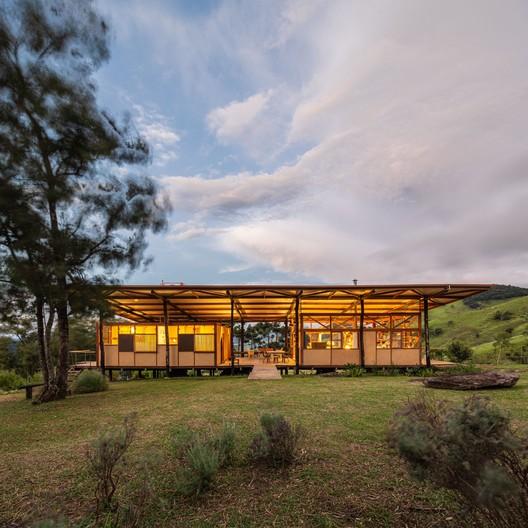 Casa Acaiacá / Gui Paoliello Arquiteto