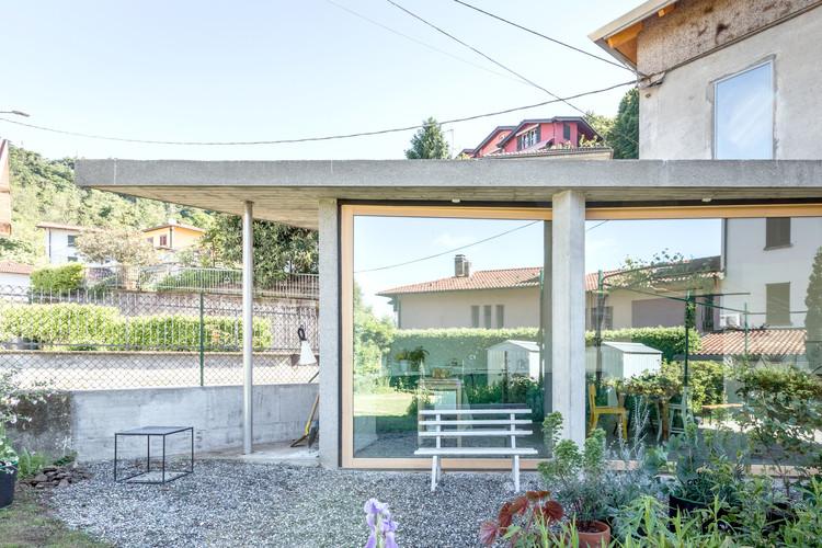Albate House  / OASI architects, © Laura Cavelli