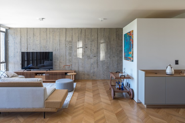 Apartamento 02 / Hugo Oliveira Arquitetura, © Haruo Mikami