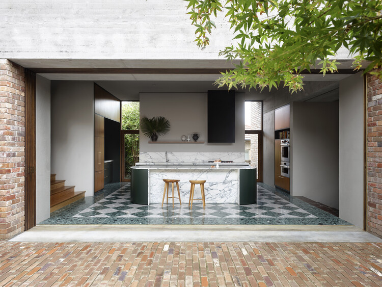 Casa Lindfield / Polly Harbison, © Anson Smart Photography