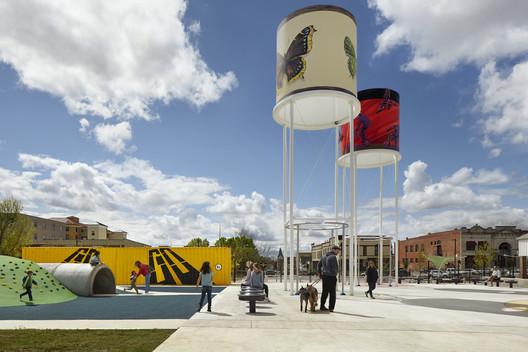 Parque Railyard / Ross Barney Architects