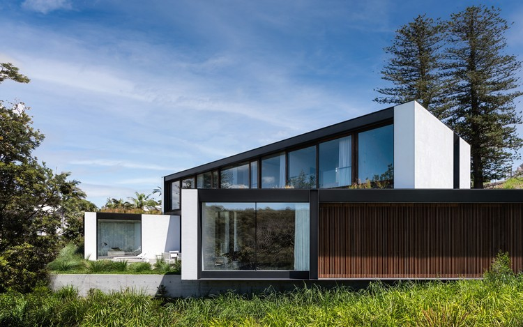 Collins Beach House / Tobias Partners, © Justin Alexander