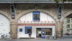 Bogen 131 Bicycle Shop / David Fink + Lukas Fink + Tobias Fink