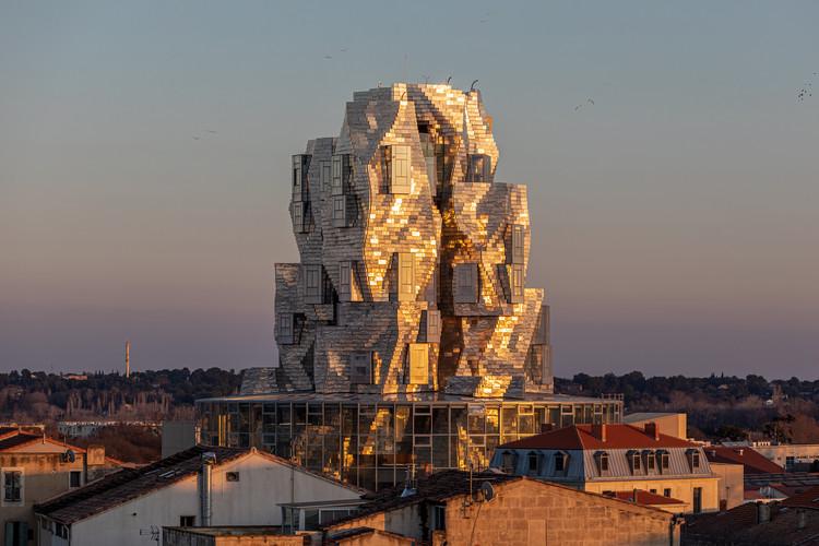 Torre projetada por Frank Gehry na França abre ao público pela primeira vez , © Adrian Deweerdt