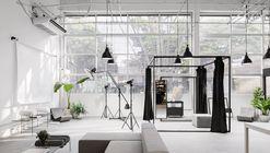 Escritório Guardaroba / SMF Archi Group + Sommacal Maia Arquitetos + MS. Fiacadori