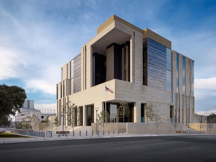 Monumental Southwest: Modern Designs Rethinking the Vernacular, © Casey Dunn