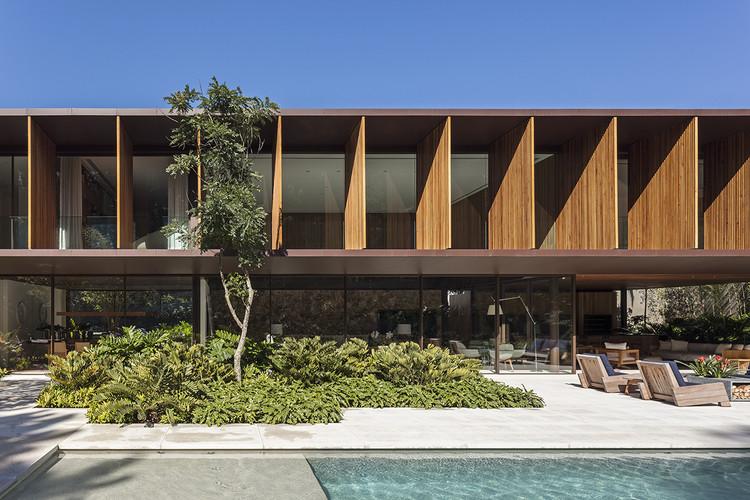 CWN House / Bernardes Arquitetura, © Leonardo Finotti