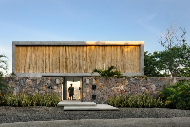 Z House / Zozaya Arquitectos.  Изображение © Рафаэль Гамо