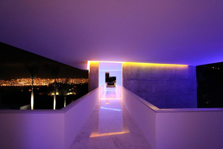 Отель Энканто Акапулько / Мигель Анхель Арагонес.  Изображение © Мигель Анхель Арагонес