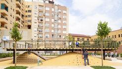 Praça Santa María Mazzarello / HDH arquitectos