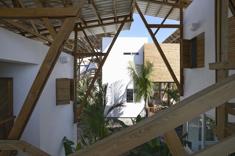 Casa de Playa Guatemala / Christian Ochaita + Roberto Gálvez.  Imagen © Víctor Martínez