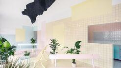 Centro de Relaxamento Floating Realities / BUREAU