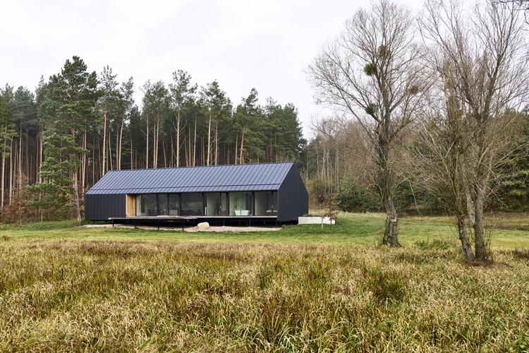 Casa en Brodnica Landscape Park / Dom Architektów, © Jakub Certowicz