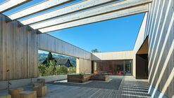 Unterdorf Elementary School / Dietrich | Untertrifaller Architekten