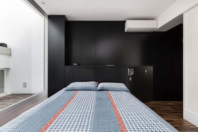 Апартаменты Conte / Núcleo de Arquitetura Experimental.  Изображение © Марсело Донадусси