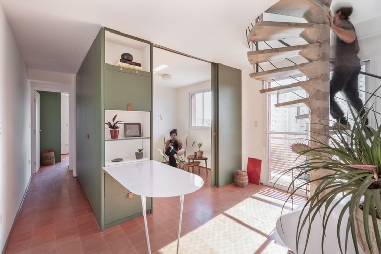 17 Projects With Colorful Cabinets and Built-in Furniture, Twin Apartments / Estúdio Lava. Image © Julia Novoa