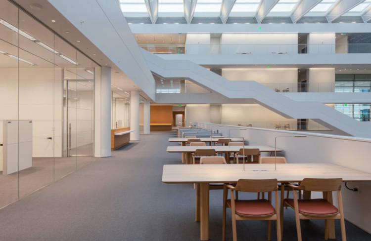Cleveland Clinic - Joint Learning / Foster + Partners.  Image © Mark Wayner