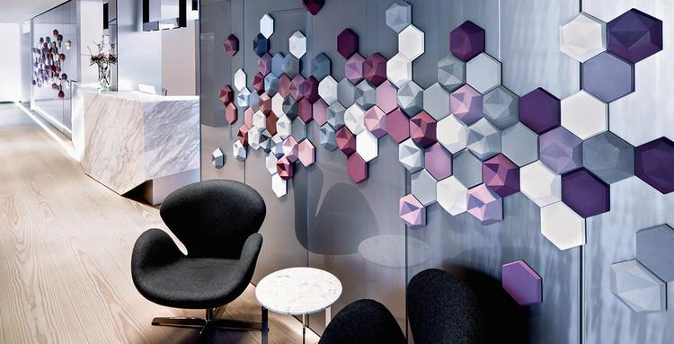 Skin and Laser Center / Reimann Interior & Design.  Image © Hubert P. Klotzeck
