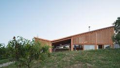 Szegzárd The Lodge / Építész Stúdió