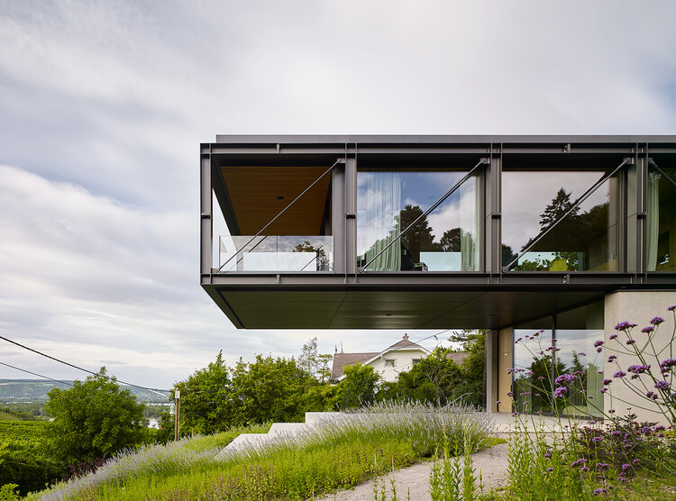 Casa en los viñedos / Dietrich | Untertrifaller Architekten + Alexander Janowsky, © Marc Lins