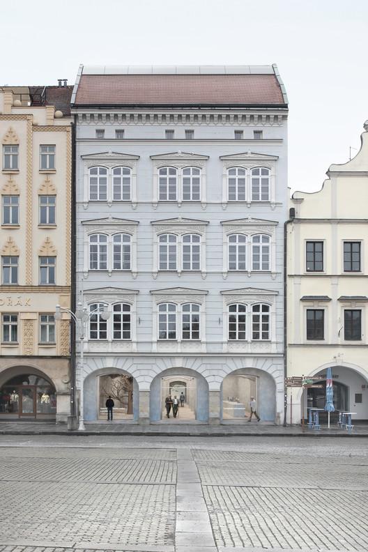 Center for Contemporary Art & Architecture. Image Courtesy of AFF Architekten + Malý Chmel