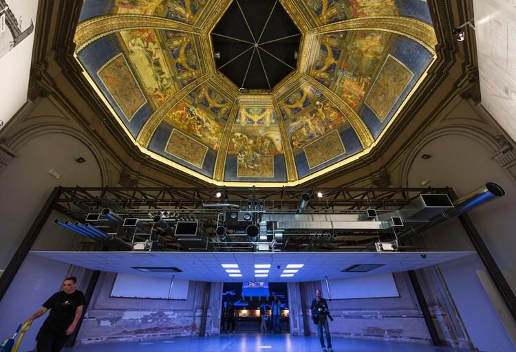 Основы (Центральный павильон): Потолок.  Изображение © Дэвид Левен