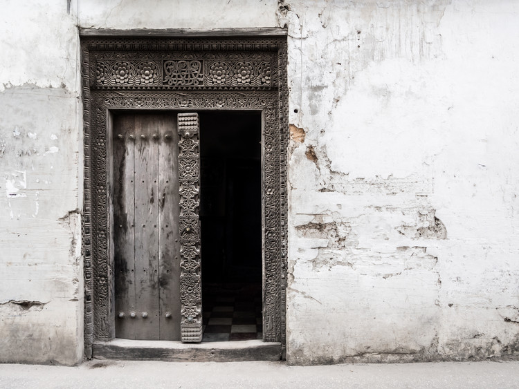 Ornately carved wooden doors of Swahili architecture.  Image © Magdalena Paluchowska via Shutterstock