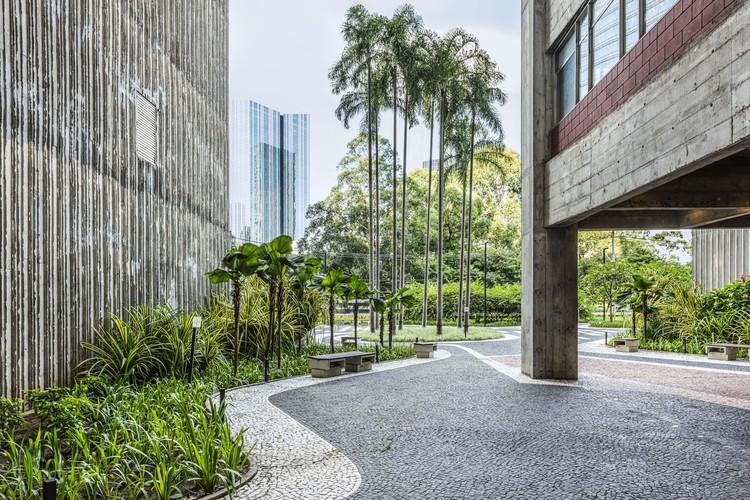 Renovação do Térreo do Condomínio São Luiz / Perkins&Will, © Renato Navarro