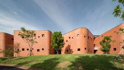 Centro de Aprendizagem Sarnsara / Architects 49