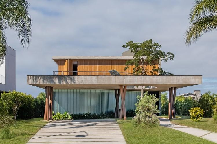 Ananda House / Stemmer Rodrigues Arquitetura, © Lucas Franck/NMLSS
