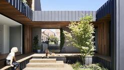 Casa Coburg Freeboard / WALA