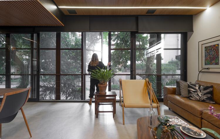Casa Luís Delfino / Pimont Arquitetura. Image © Lio Simas