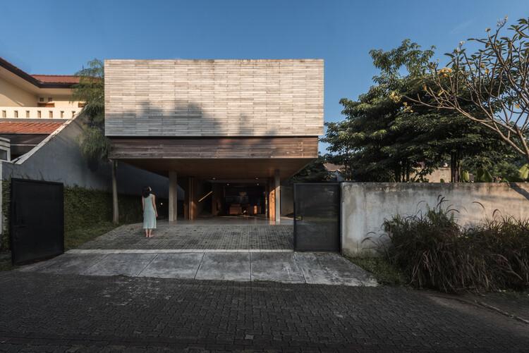 Banjar House / Wiyoga Nurdiansyah, © Jonathan Raditya