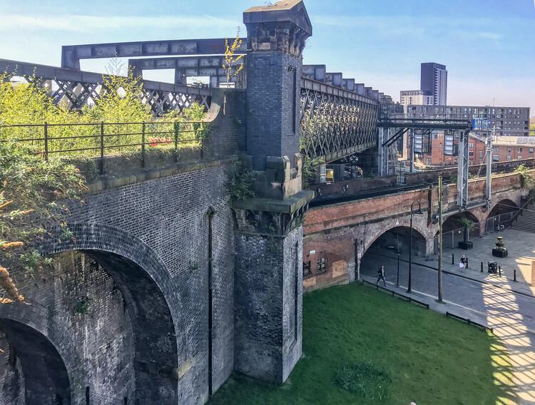 Twelve Architects diseña una versión del High Line en Manchester , © National Trust, Howard Bristol